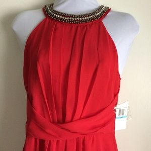 NWT Hi Lo Red High Neck Gown W Beaded Neckline 5/6